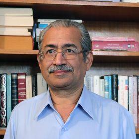 السيرة الذاتية والأدبية للباحث البحريني فاروق أمين