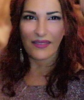 السيرة الذاتية  والأدبية  للشاعرة اللبنانية  ريتا عسل
